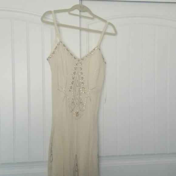 R & M Richards Dresses & Skirts - New Dress